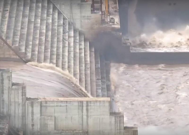 סכנת מלחמה סביב סכר הנילוס? ראש ממשלת אתיופיה מאיים. ואיך ניסו לערב אותנו בזה? היכנסו:
