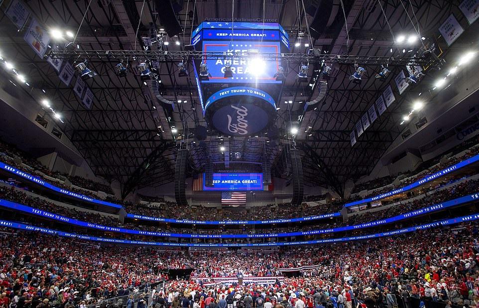 """מה שלא מספרים לכם: עוד עצרת 20,000 של הנשיא. היכנסו לצפות, לא תמצאו את זה במקום אחר ב""""תקשורת"""":"""