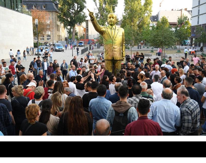 """ב ק ר ו ב של ד""""ר גיא בכור - קורונה: מכת מוות לכלכלה הטורקית?"""