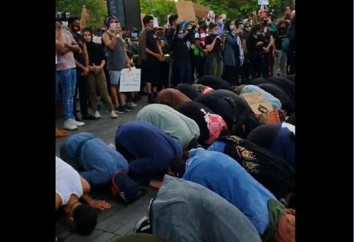 אסור לכם לראות את זה: הברית הלא קדושה בין הפרוגרסיבים לאסלאמיסטים: