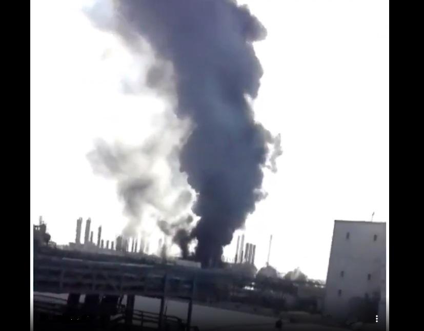 פיצוץ מסתורי ענק במפעלים הפטרוכימיים באיראן. צפו: