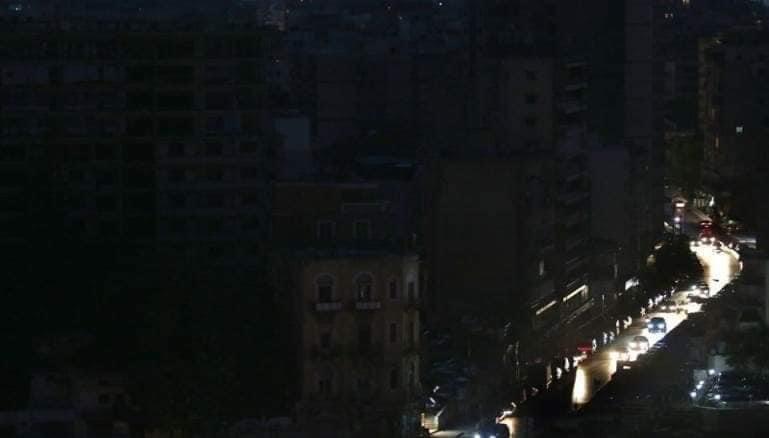 """הישות המלאכותית """"לבנון"""" - חזרה בעצמה אל תקופת האבן: אין חשמל, אין דלק, אין בתי חולים, אין עתיד"""